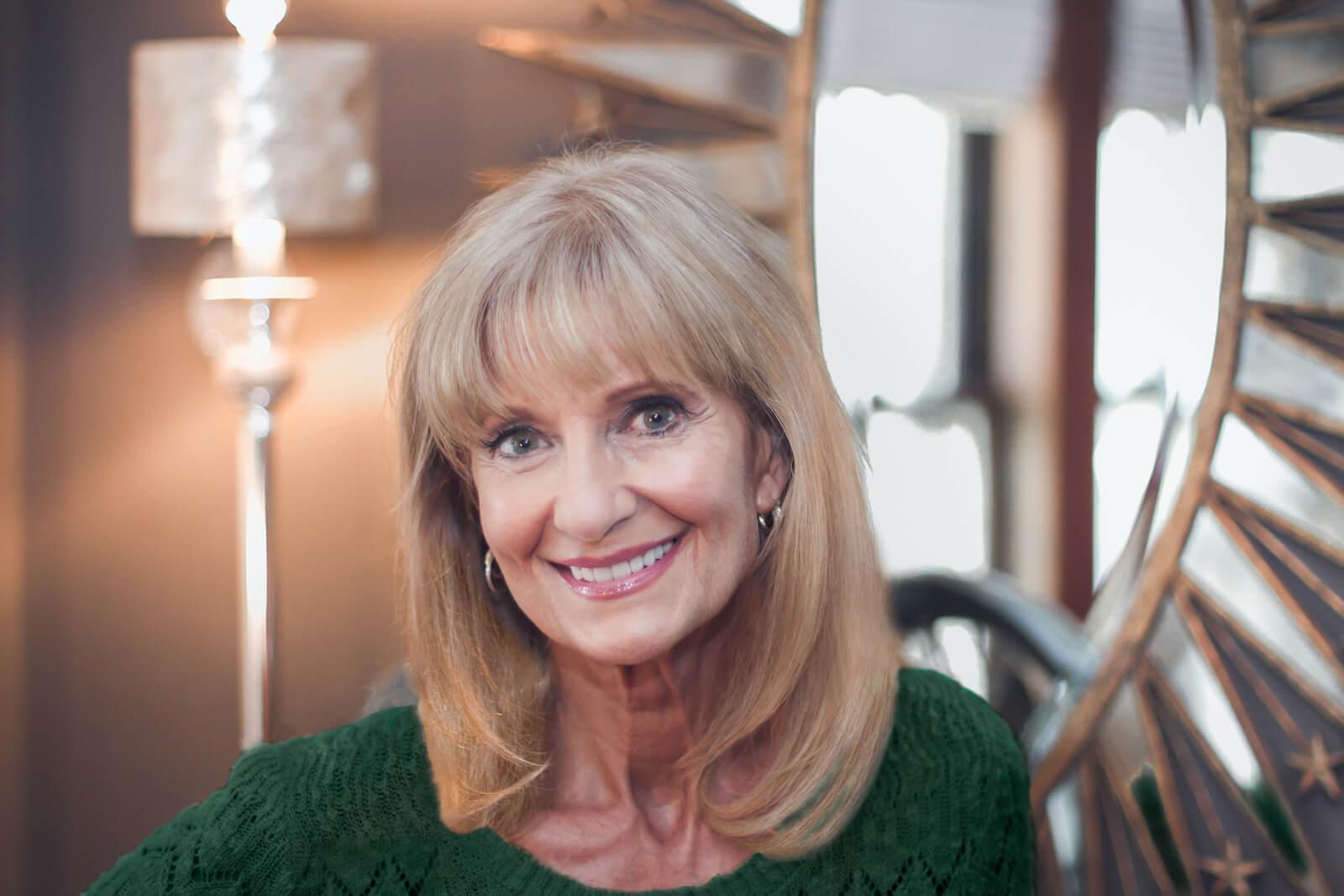 Cyndi Bock headshot